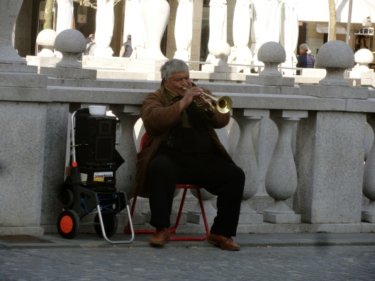 This man played beautiful music non-stop on that trumpet, you would think his lips would get tired!